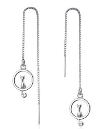 Zilveren pull trough cat on moon earrings 925 sterling silver catmom zilveren doorsteek oorbellen lange katten oorbellen minimalistische oorbellen