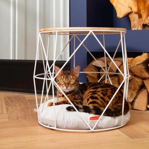 Beeztees metalen kattenmand kuja katten mand kopen mand voor poes bestellen poezenmand catmom.nl kattenweshop