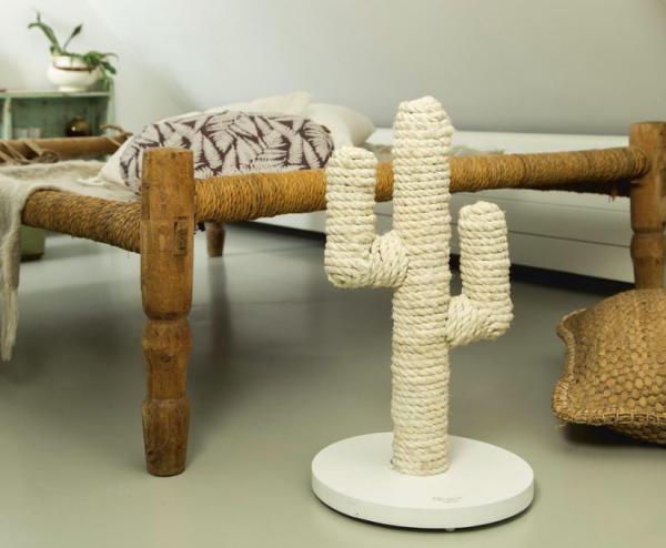 hippe cactus krabpaal designed by lotte mooie krabpaal grappige krabpaal catmom.nl webshop